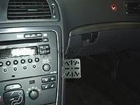 70057 Dash Mount Volvo S60/V70/XC70 05- CM