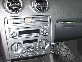 70256 Dash Mount Audi A3 04-CM