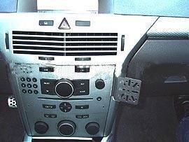 Dash Mount Opel Astra 04- Cm